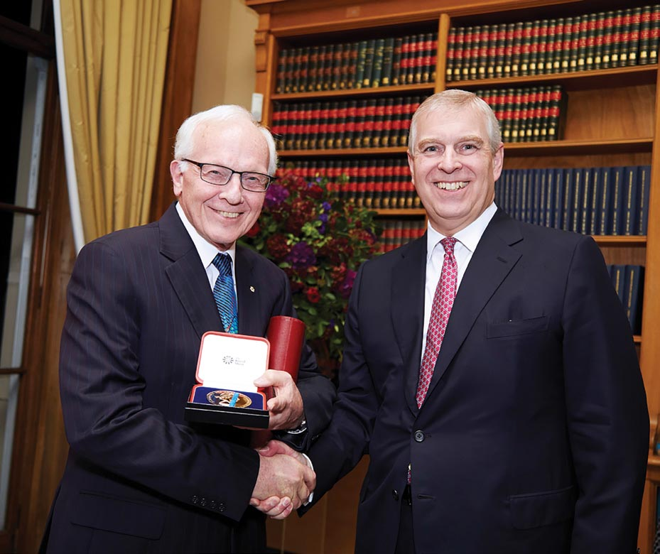 In 2017, Corkum received the Royal Medal for his major contributions to laser physics and development of the field of attosecond science
