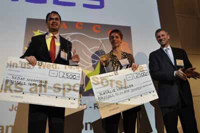 Photonics21 Student Awards at SPIE Photonics Europe -- Sedat Nizamoglu and Natalie Vermeulen