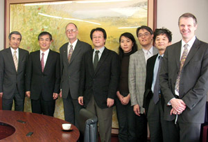 Osaka University and SPIE officials met in Osaka earlier this month.